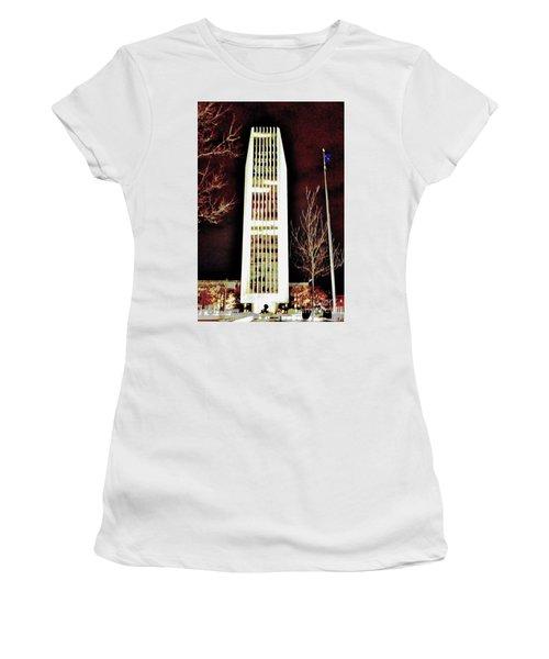 Arkhams Razor Women's T-Shirt (Athletic Fit)