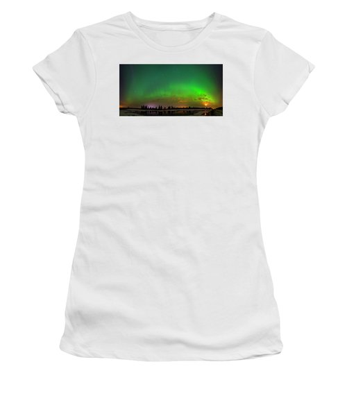 Aurora Over Pond Panorama Women's T-Shirt (Athletic Fit)