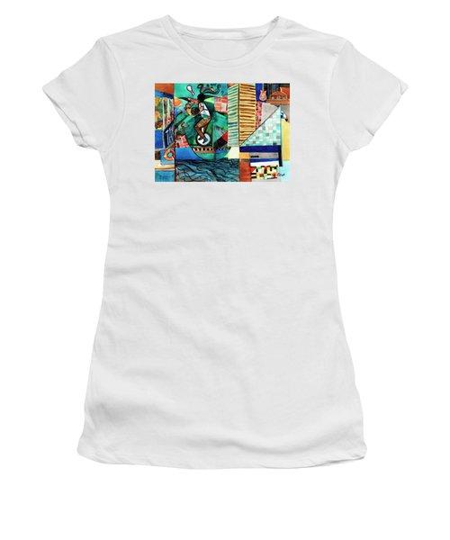 Baltimore Inner Harbor Street Performer Women's T-Shirt