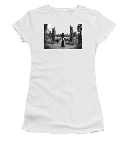 Bardstown Garden  Women's T-Shirt