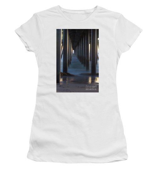 Between The Pillars  Women's T-Shirt
