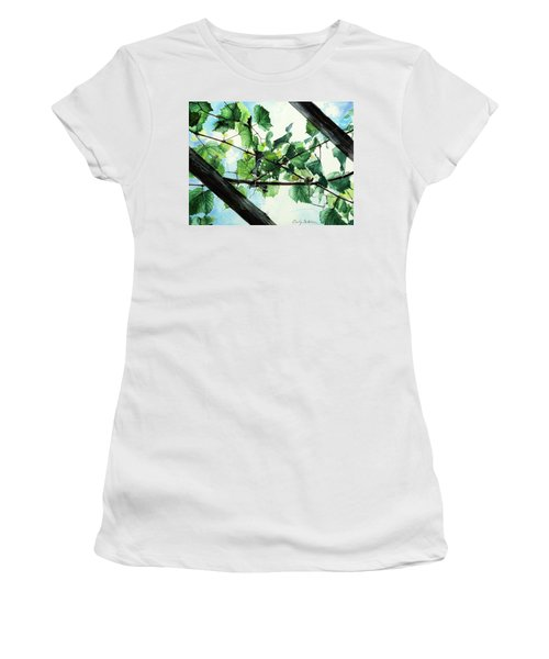 Biltmore Grapevines Overhead Women's T-Shirt (Athletic Fit)
