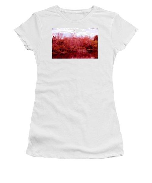 Women's T-Shirt (Junior Cut) featuring the photograph Bird Out On A Limb by Madeline Ellis
