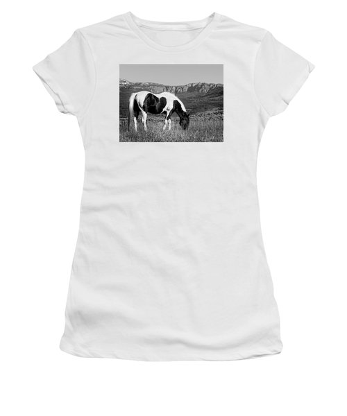 Black And White Horse Grazing In Wyoming In Black And White  Women's T-Shirt