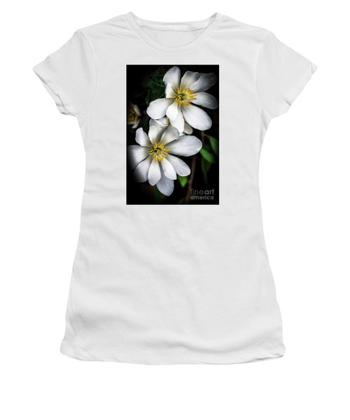Women's T-Shirt (Junior Cut) featuring the photograph Bloodroot In Bloom by Thomas R Fletcher