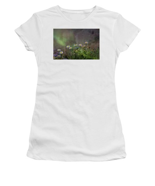 Blowing In The Breeze Women's T-Shirt (Athletic Fit)