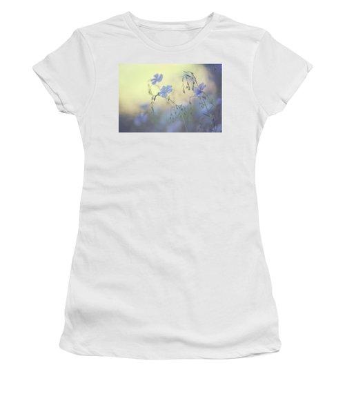 Blue Flex Flower. Nostalgic Women's T-Shirt