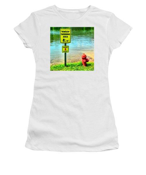 Bow Wow Women's T-Shirt