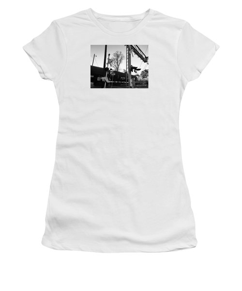 Breeze Black And White Women's T-Shirt (Athletic Fit)