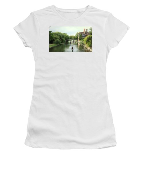 Cambridge River Punting Women's T-Shirt (Athletic Fit)