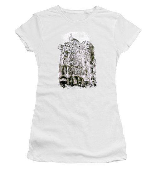 Casa Batllo Barcelona Black And White Women's T-Shirt (Athletic Fit)