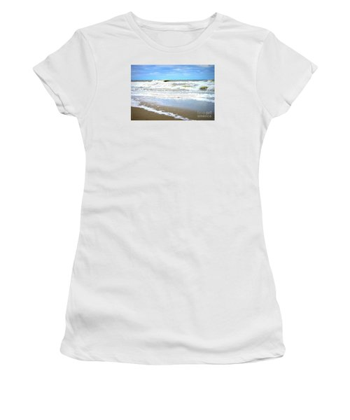Catch A Wave Women's T-Shirt (Junior Cut) by Shelia Kempf