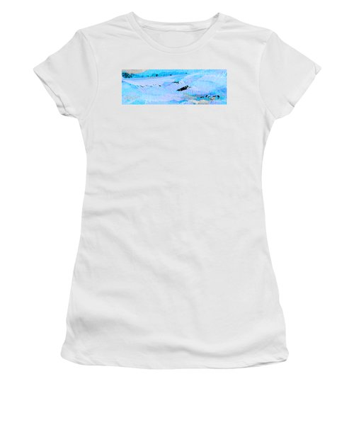Catching Waves Women's T-Shirt (Athletic Fit)