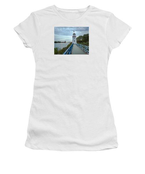 Cheboygan Crib Lighthouse Lake Huron, Lower Peninsula Mi Women's T-Shirt
