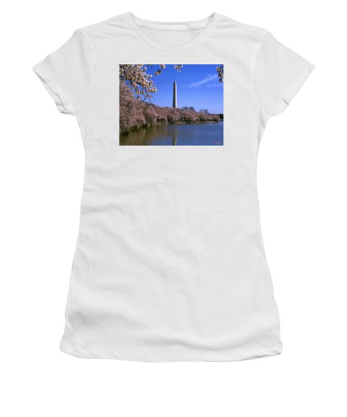 Cherry Blossoms On The Tidal Basin 15j Women's T-Shirt (Athletic Fit)