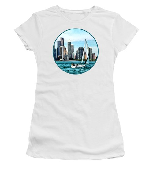 Chicago Il - Sailboat Against Chicago Skyline Women's T-Shirt