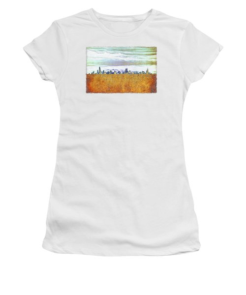 Chicago Skyline Women's T-Shirt (Junior Cut) by Di Designs