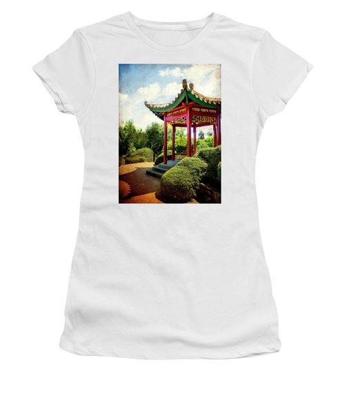 China In New Zealand Women's T-Shirt