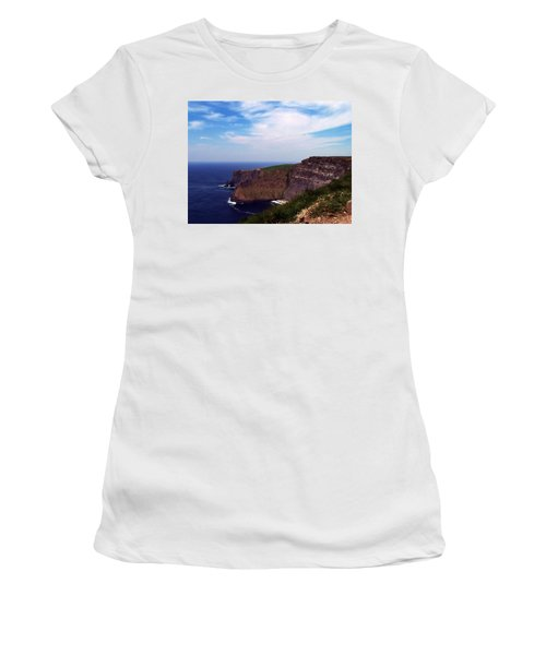Cliffs Of Moher Aill Na Searrach Ireland Women's T-Shirt (Athletic Fit)