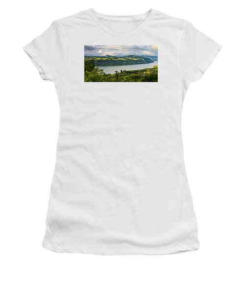 Columbia Gorge Scenic Area Women's T-Shirt (Athletic Fit)