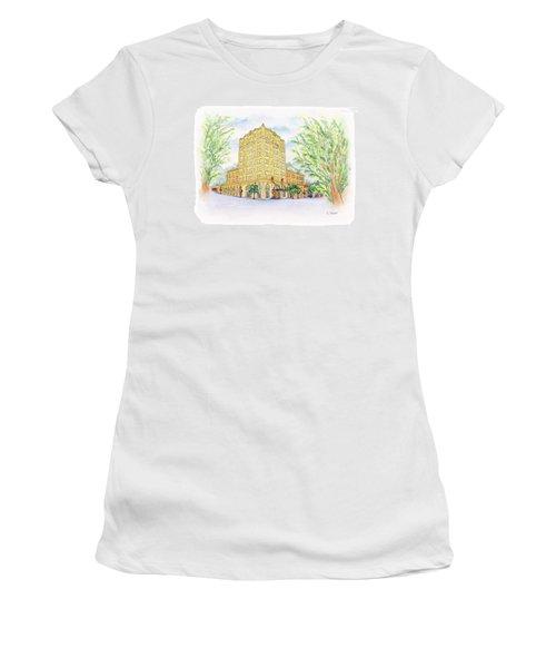 Corner Grandeur Women's T-Shirt