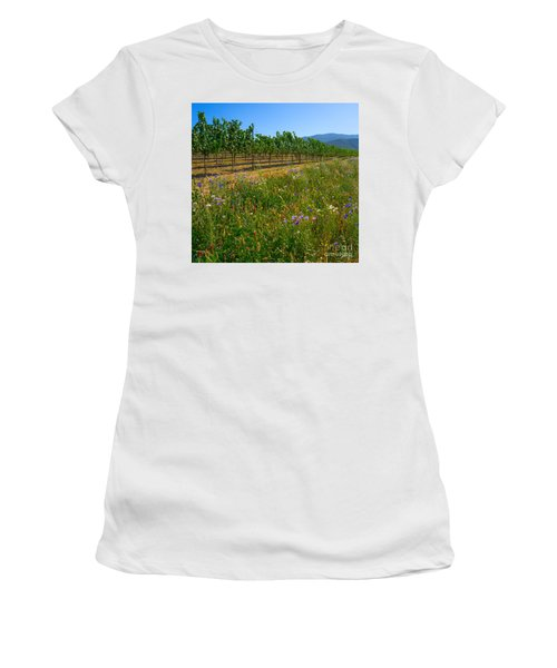 Country Wildflowers V Women's T-Shirt