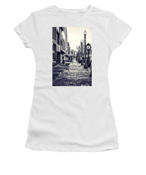 Court Street Clock Florence Alabama Women's T-Shirt