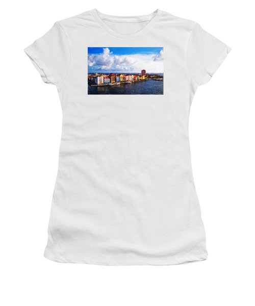 Curacao Oil Women's T-Shirt