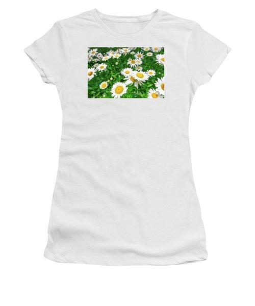 Daisy Garden Women's T-Shirt
