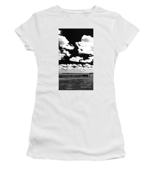Dark Country, La.  Women's T-Shirt (Athletic Fit)