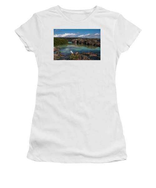 Darwin Bay     Genovesa Island      Galapagos Islands Women's T-Shirt