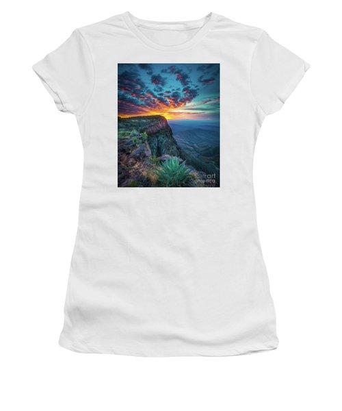 Dawn In The Chisos Women's T-Shirt