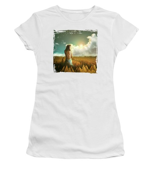 Daydream Women's T-Shirt (Athletic Fit)