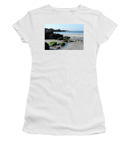 Derrynane Beach Women's T-Shirt (Athletic Fit)