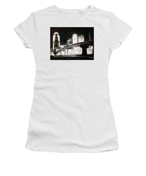 Des Moines Skyline #10 Women's T-Shirt