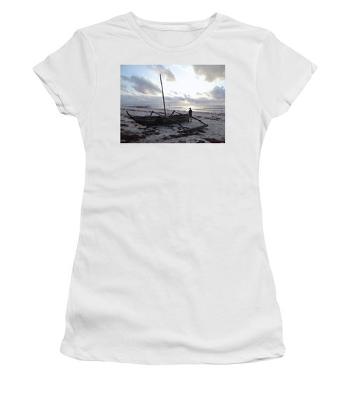 Dhow Wooden Boats At Sunrise With Fisherman Women's T-Shirt (Athletic Fit)