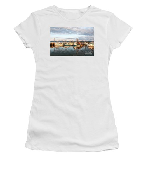 Digby Harbour Women's T-Shirt (Athletic Fit)