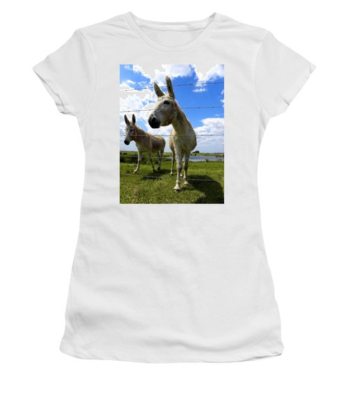 Women's T-Shirt (Junior Cut) featuring the photograph Don't Fence Me In 001 by Chris Mercer