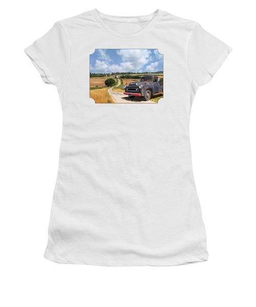 Down On The Farm - International Harvester S-100 Women's T-Shirt