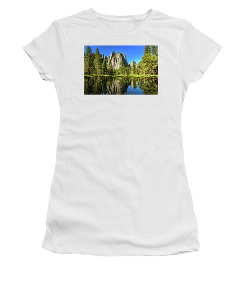 Early Morning View At Cathedral Rocks Vista Women's T-Shirt