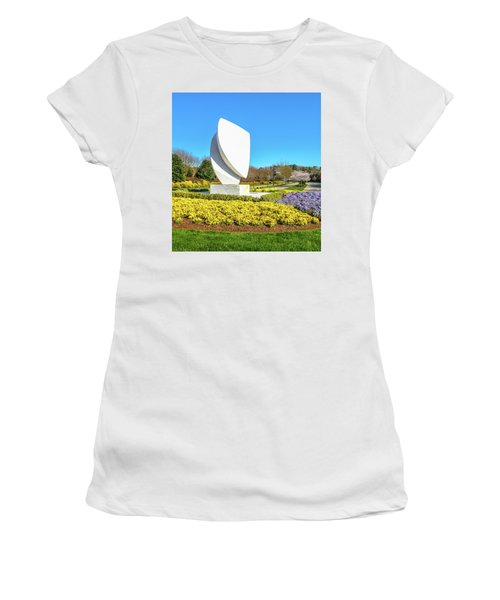 Elements Sculpture At Christopher Newport University In Springtime Women's T-Shirt