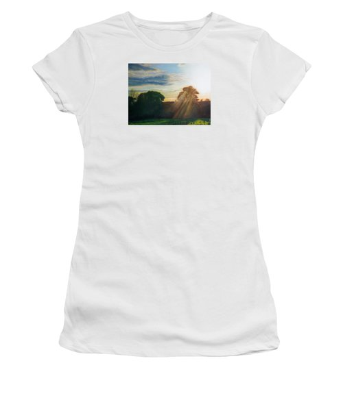 English Countryside Women's T-Shirt (Athletic Fit)