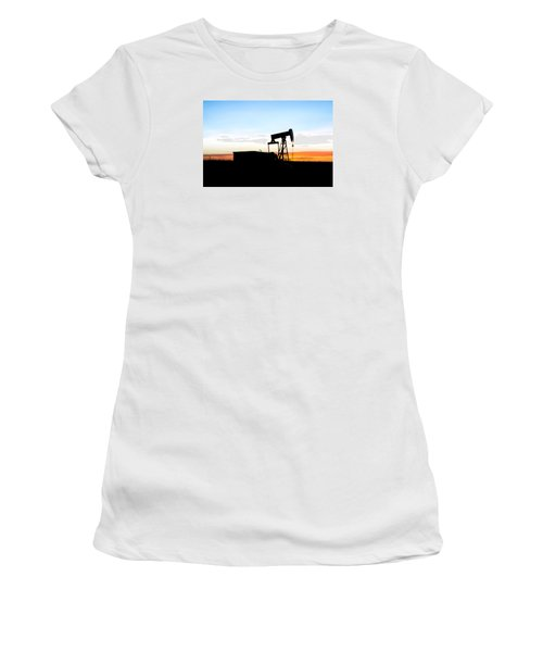 Fading Women's T-Shirt (Athletic Fit)