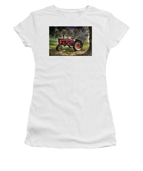 Farmall In The Field Women's T-Shirt (Junior Cut) by Michael Eingle