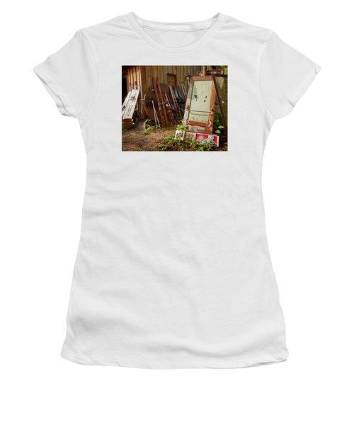 Farmhouse Antiques Women's T-Shirt (Athletic Fit)