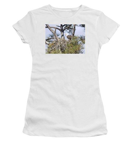 Feeding Little One Women's T-Shirt