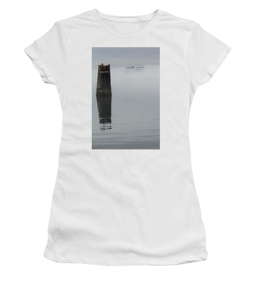 Ferry Hiding In The Fog Women's T-Shirt (Athletic Fit)