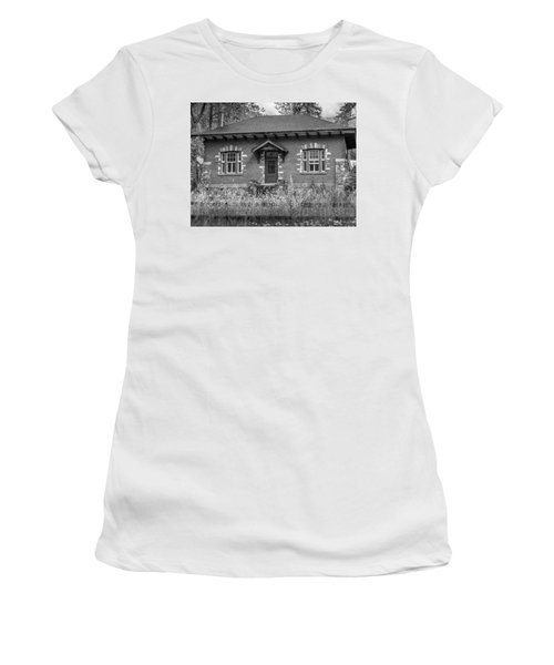 Field Telegraph Station Women's T-Shirt (Athletic Fit)
