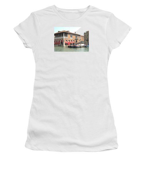 Fish Market Venise Women's T-Shirt (Athletic Fit)
