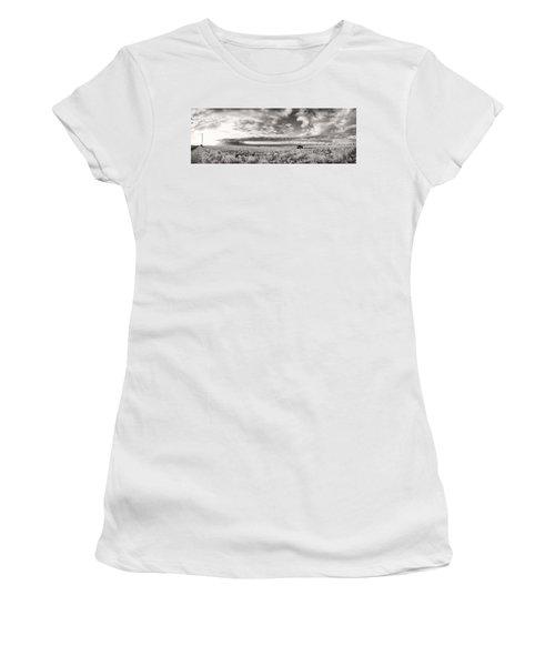 Fla-160225-nd800e-388pa91-ir-cf Women's T-Shirt (Junior Cut) by Fernando Lopez Arbarello